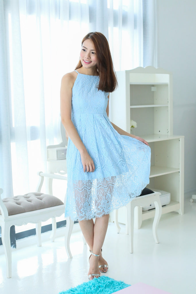 TOPAZ *PREMIUM* GRECIAN LACE MIDI DRESS IN SKY BLUE