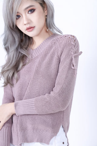 CABLE KNIT LACED TOP IN DUSTY PINK