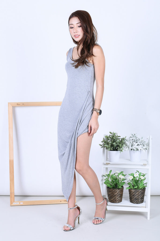 WYN DRAPE LOW BACK DRESS IN LIGHT GREY