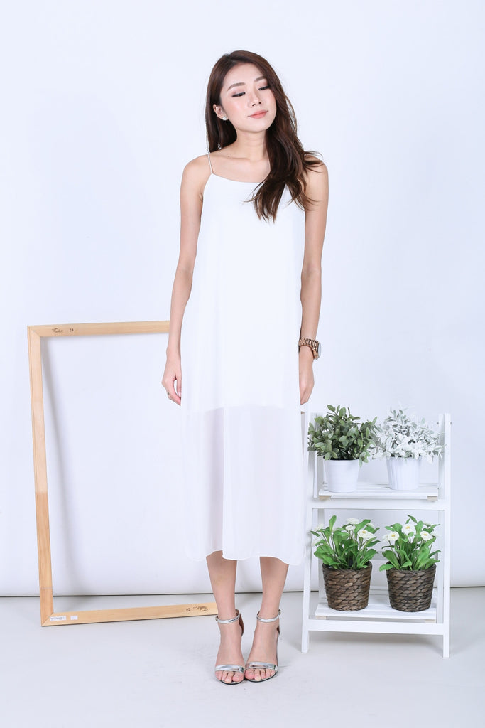 EVA LAYERED DRESS IN WHITE - TOPAZETTE