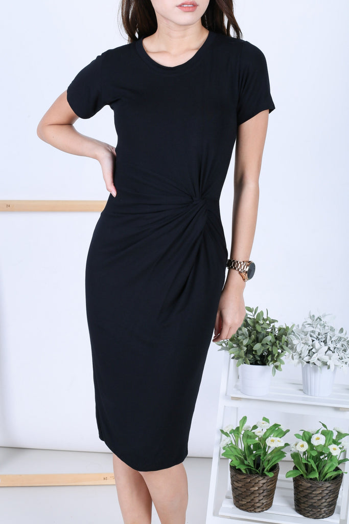 SLEEVED TWIST MIDI DRESS IN BLACK - TOPAZETTE