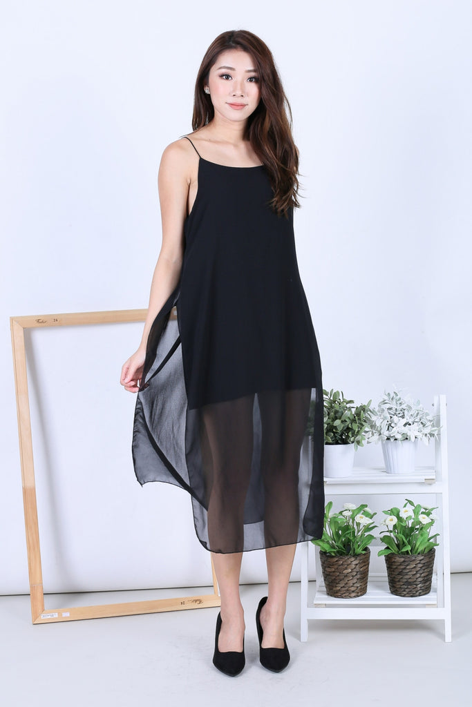 EVA LAYERED DRESS IN BLACK - TOPAZETTE