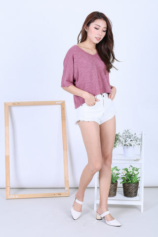BASIC WASHED OUT TEE IN BERRY - TOPAZETTE