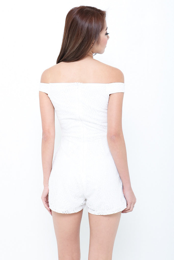*RESTOCKED* (PREMIUM) LACEY AFFAIR ROMPER IN WHITE - TOPAZETTE