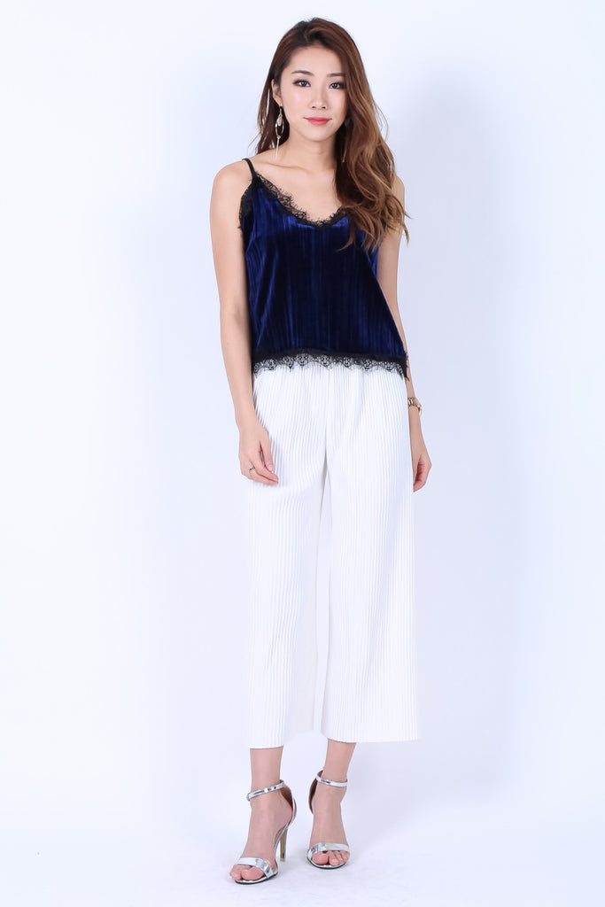 LACE VELVET PLEATS TOP IN ROYAL BLUE