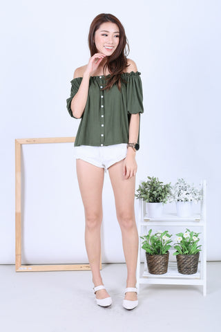 5276337eb8b23  RESTOCKED  OFF DUTY BUTTON BASIC OFFSIE IN ARMY GREEN