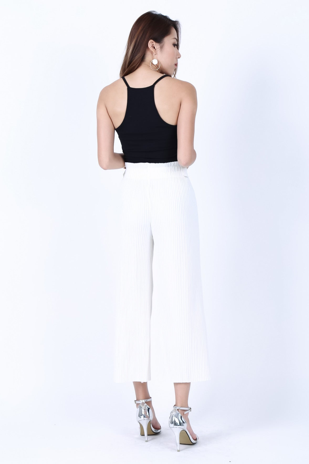 *RESTOCKED* OFF DUTY RACER BACK TOP IN BLACK - TOPAZETTE