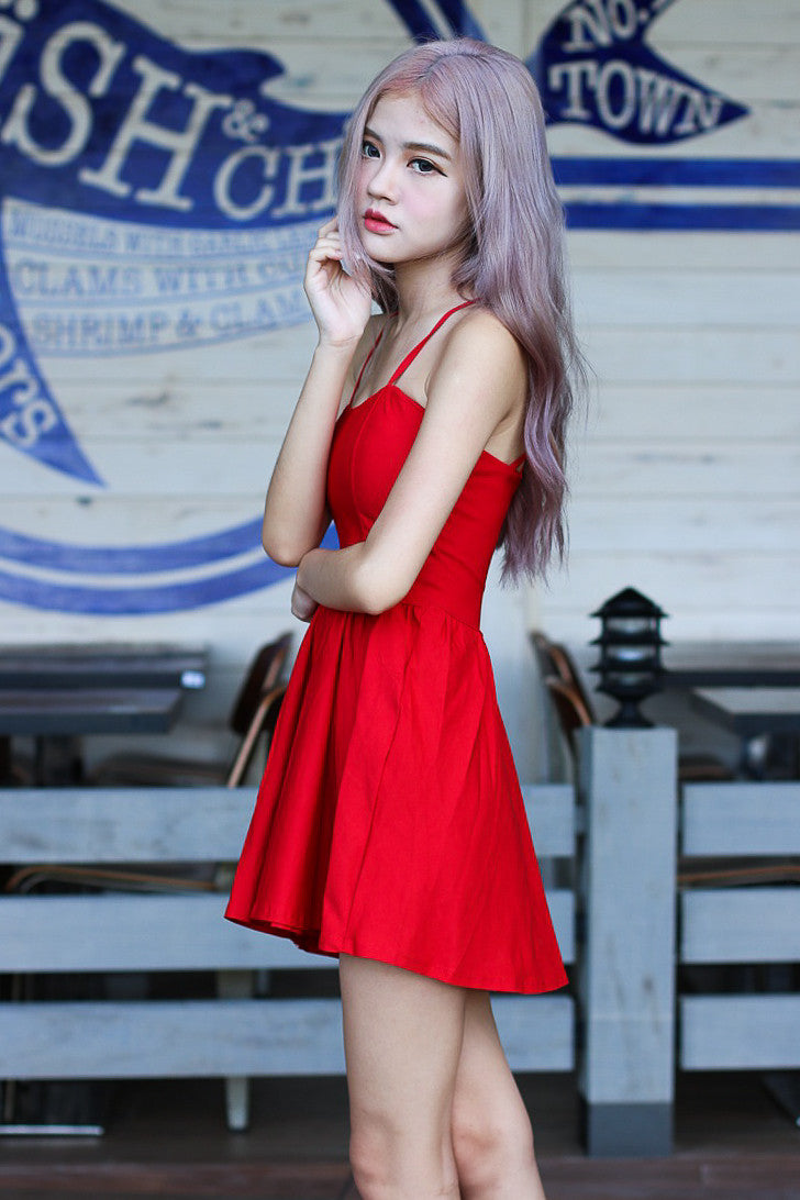 WEBBED BACK DRESS IN RED