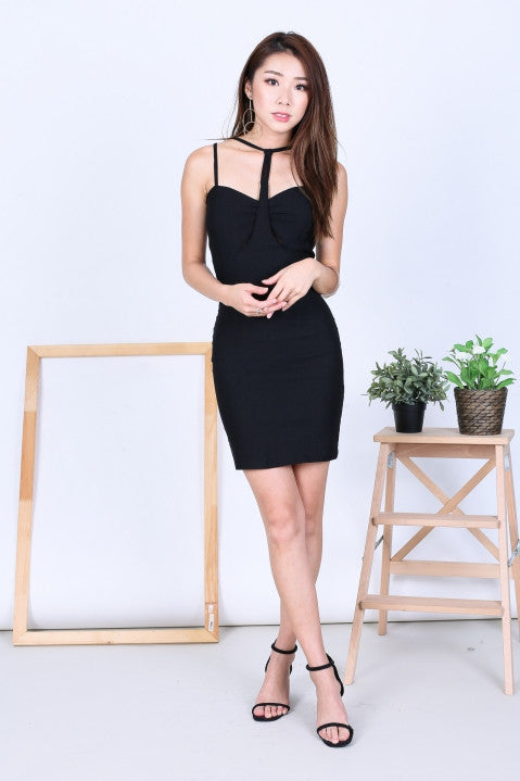 T FRONT BODYCON DRESS IN BLACK - TOPAZETTE