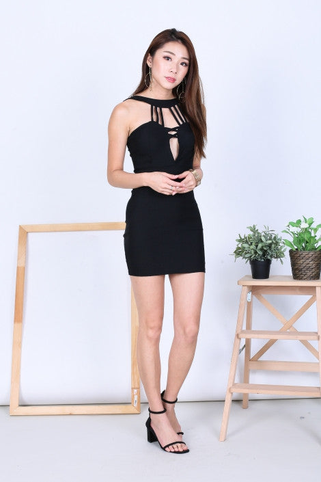 STRAPPY LOW CUT BODYCON DRESS IN BLACK - TOPAZETTE