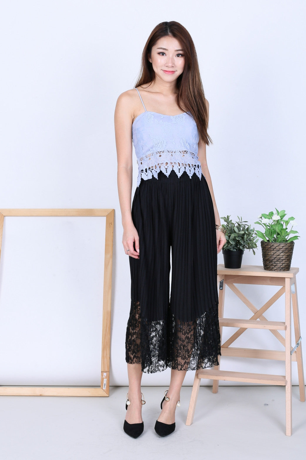 *BACKORDER* LACE PLEATED CULOTTES IN BLACK - TOPAZETTE