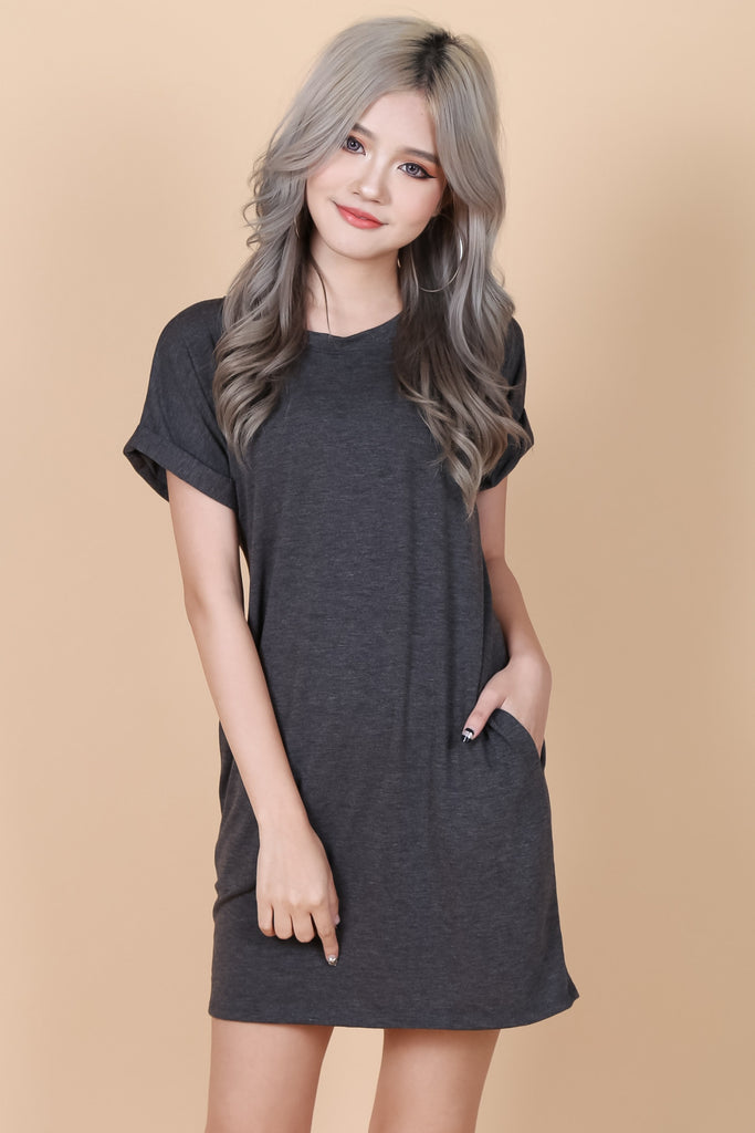 POCKETFUL OF SUNSHINE DRESS IN DARK GREY - TOPAZETTE