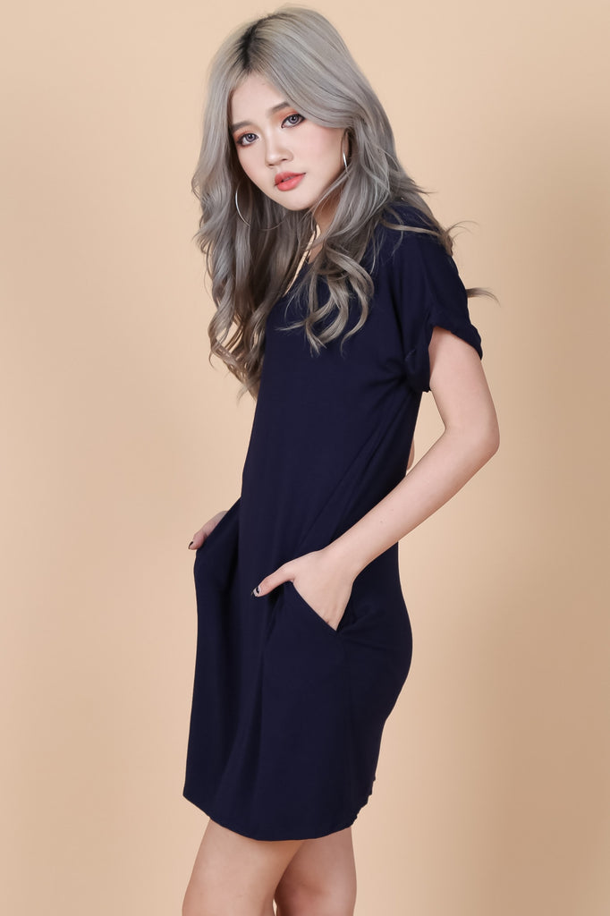 *BACKORDER* POCKETFUL OF SUNSHINE DRESS IN NAVY - TOPAZETTE