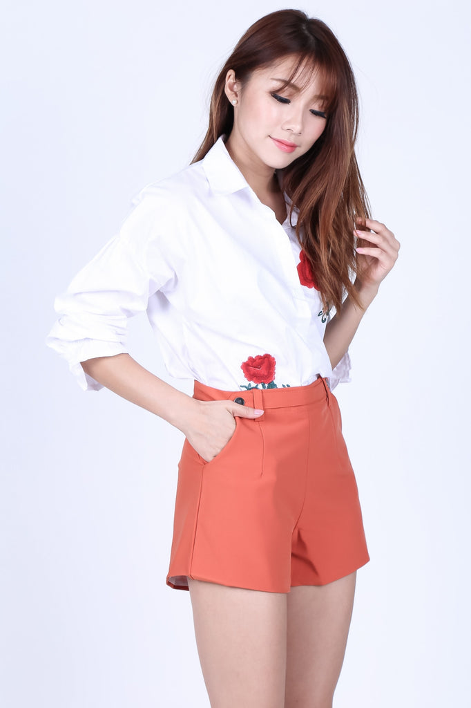AURELLE SHORTS IN TANGERINE - TOPAZETTE