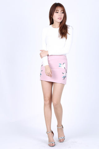 TRINITY FLORAL EMBROIDERY SKIRT IN BABY PINK