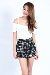 GRAFFITI SKORTS IN BLACK (S-XL) - TOPAZETTE