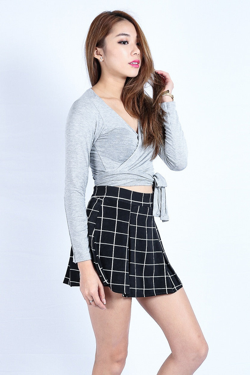 (RESTOCKED) WRAP AROUND TOP IN LIGHT GREY - TOPAZETTE