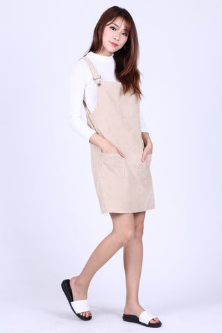 PASTEL DUNGAREE DRESS WITH POCKETS IN TAUPE