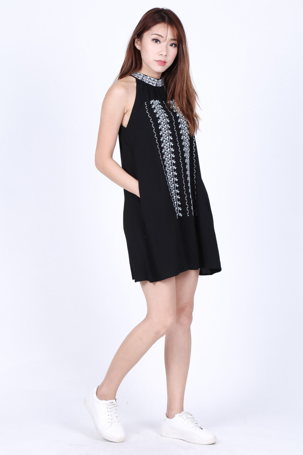 *TOPAZ* FAYETTE EMBROIDERY DRESS IN BLACK - TOPAZETTE