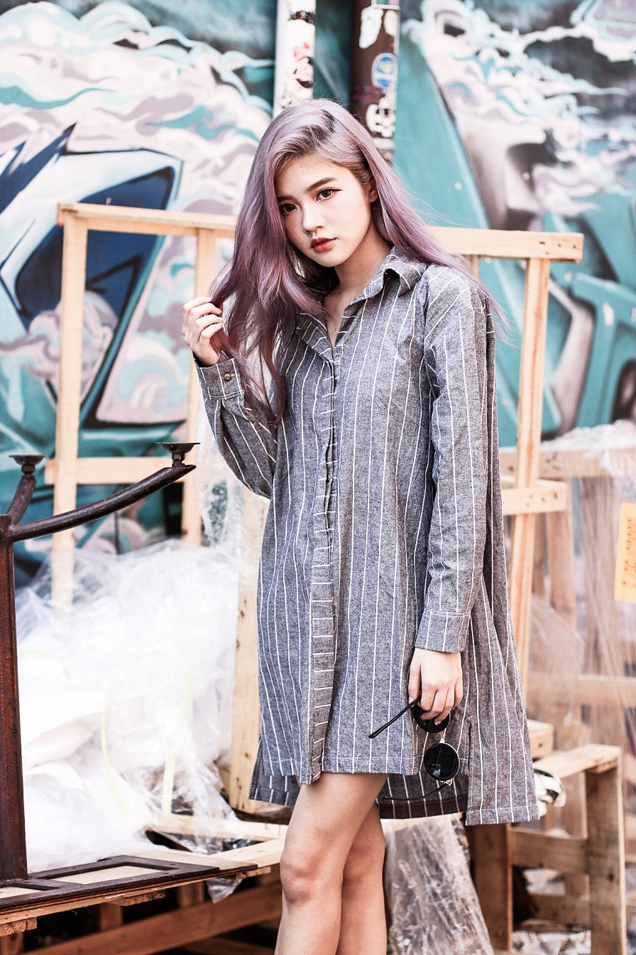 OVERSIZED STRIPES SHIRT DRESS IN BLACK ASH - TOPAZETTE