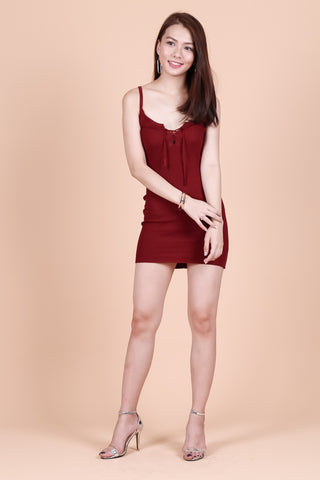 LACED FRONT KNIT DRESS IN WINE