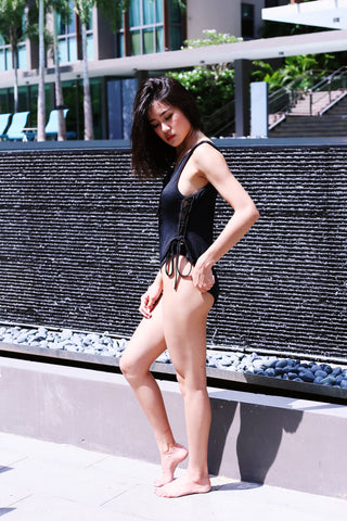 SCARLETT ALL LACED UP MONOKINI (BLACK)