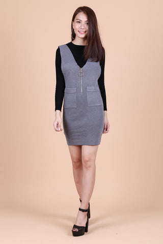 RING ZIPPER KNIT DUNGAREE DRESS IN GREY - TOPAZETTE