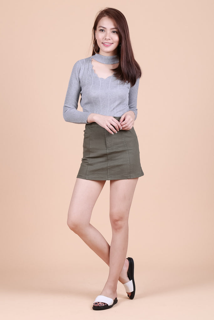 TAKE A CUT DENIM SKORTS IN OLIVE