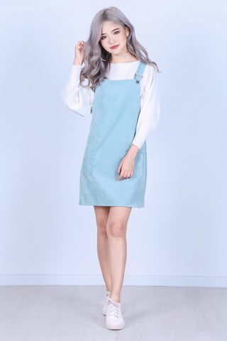 PASTEL DUNGAREE DRESS WITH POCKETS IN TURQUOISE