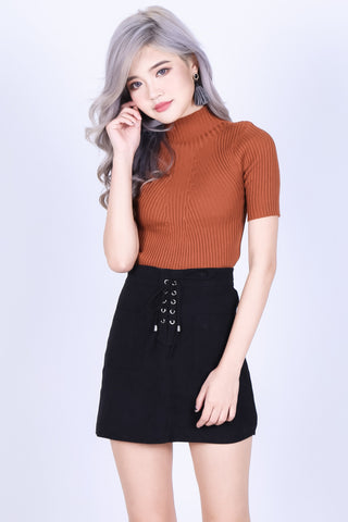 CLOVER SUEDE SKIRT IN BLACK