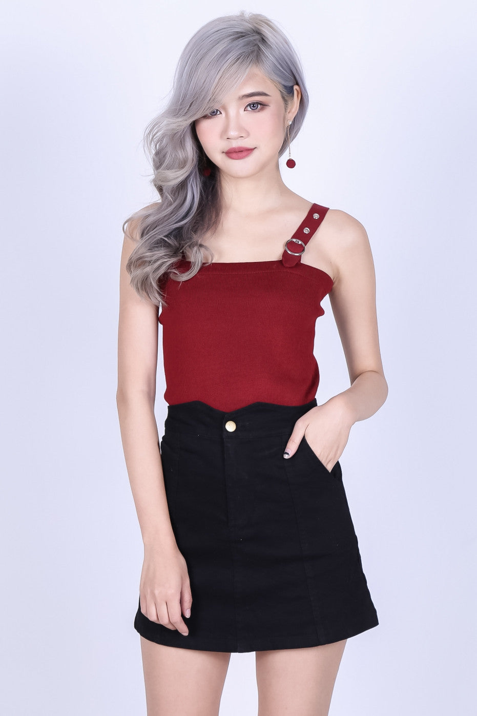 BUCKLE STRAP KNIT TOP IN WINE - TOPAZETTE