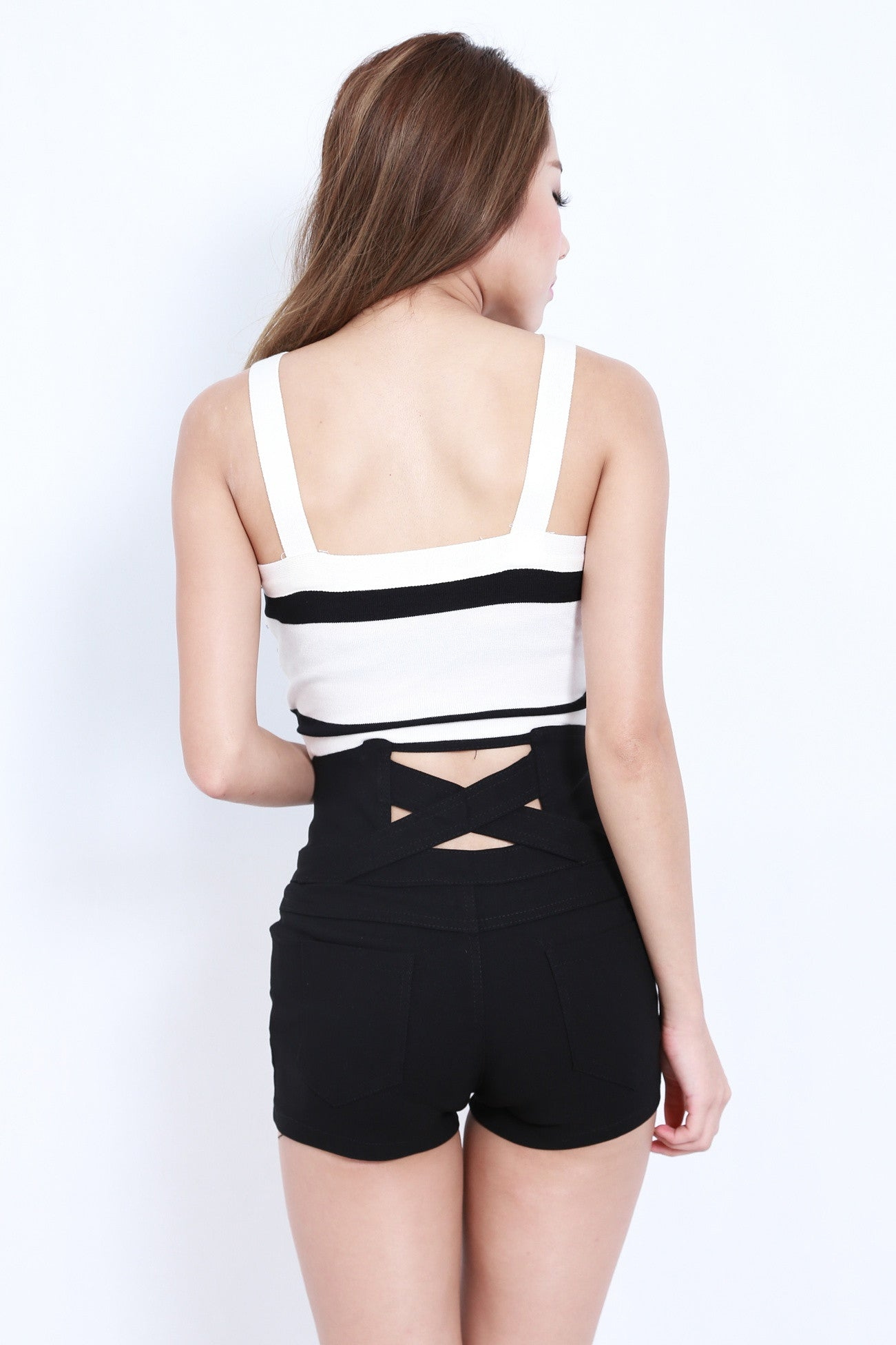 CROSS BACK HIGH WAISTED SHORTS IN BLACK - TOPAZETTE