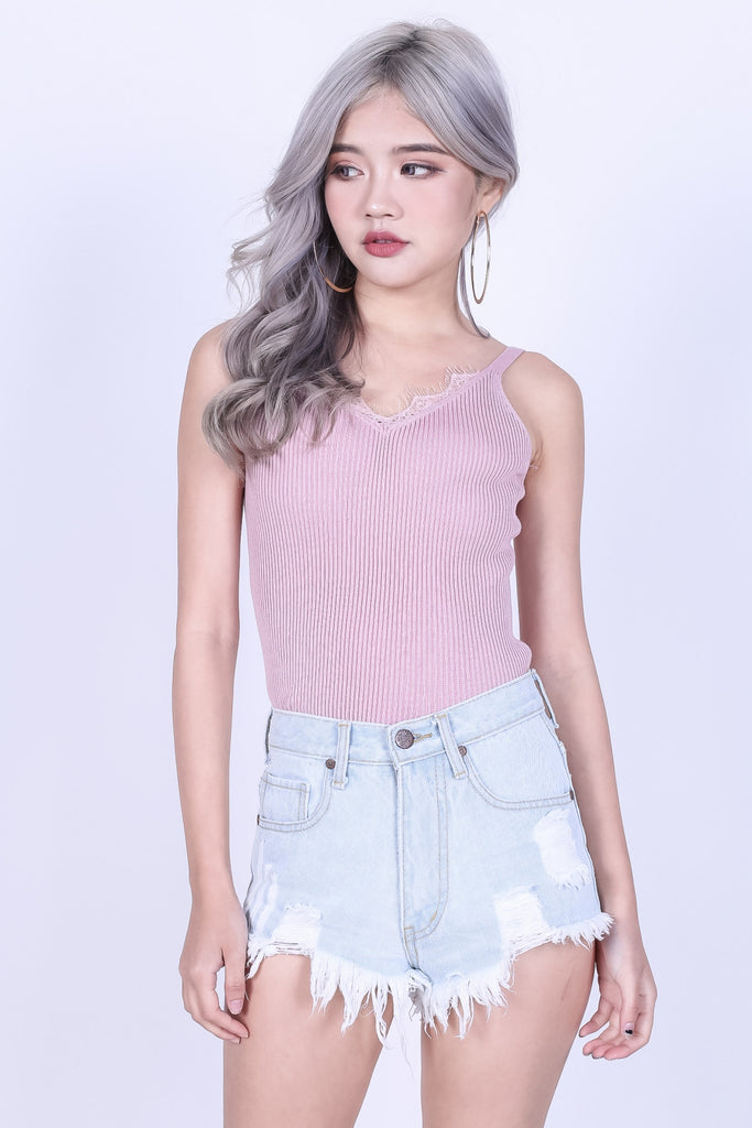 LACE TRIMS KNIT TOP IN BABY PINK