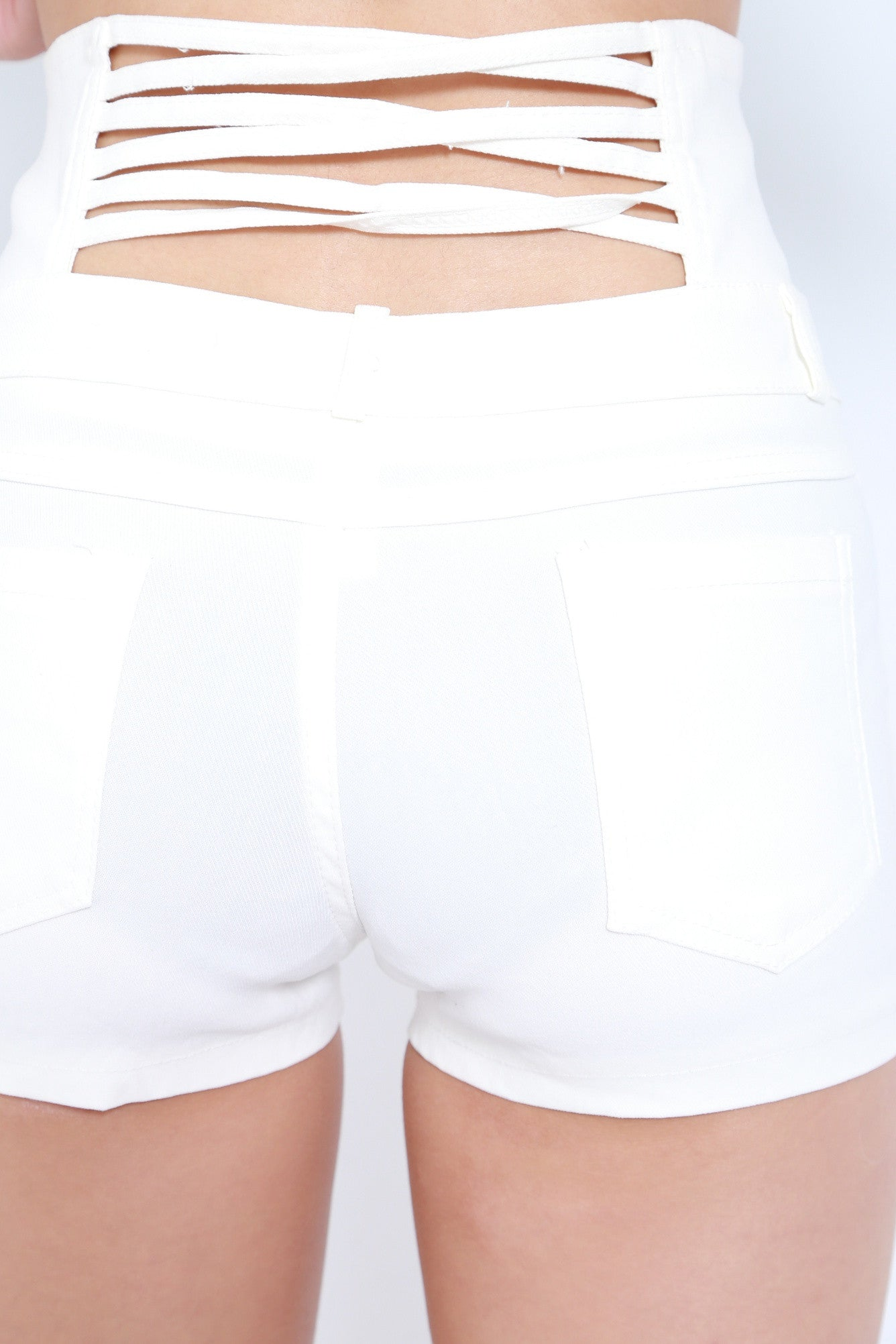 MULTI STRAPS HIGH WAISTED SHORTS IN WHITE