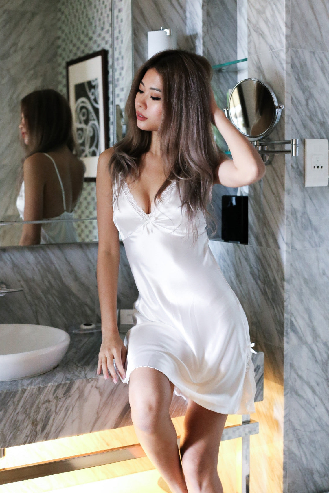 *BACKORDER* LUXE SATIN NIGHT GOWN IN WHITE - TOPAZETTE