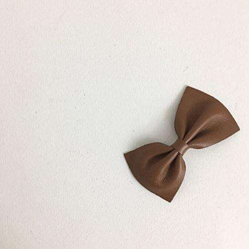 Lambskin Leather Bow - Choulala Box