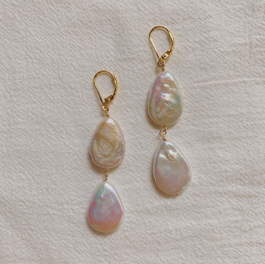 LYLA PEARL DANGLE EARRINGS