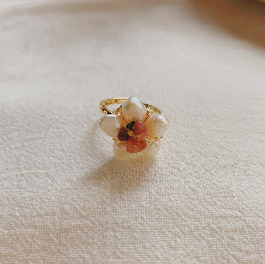 FLORA PEARL RING