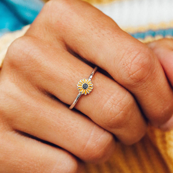Pura Vida Sunflower Ring