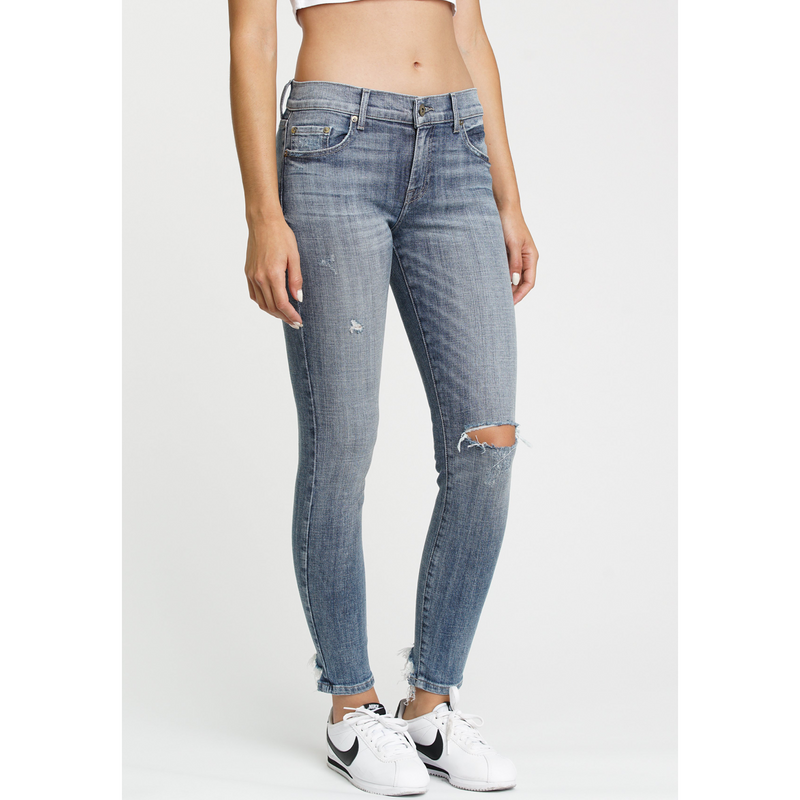 Audrey Mid-Rise Jean in Loyalty Wash