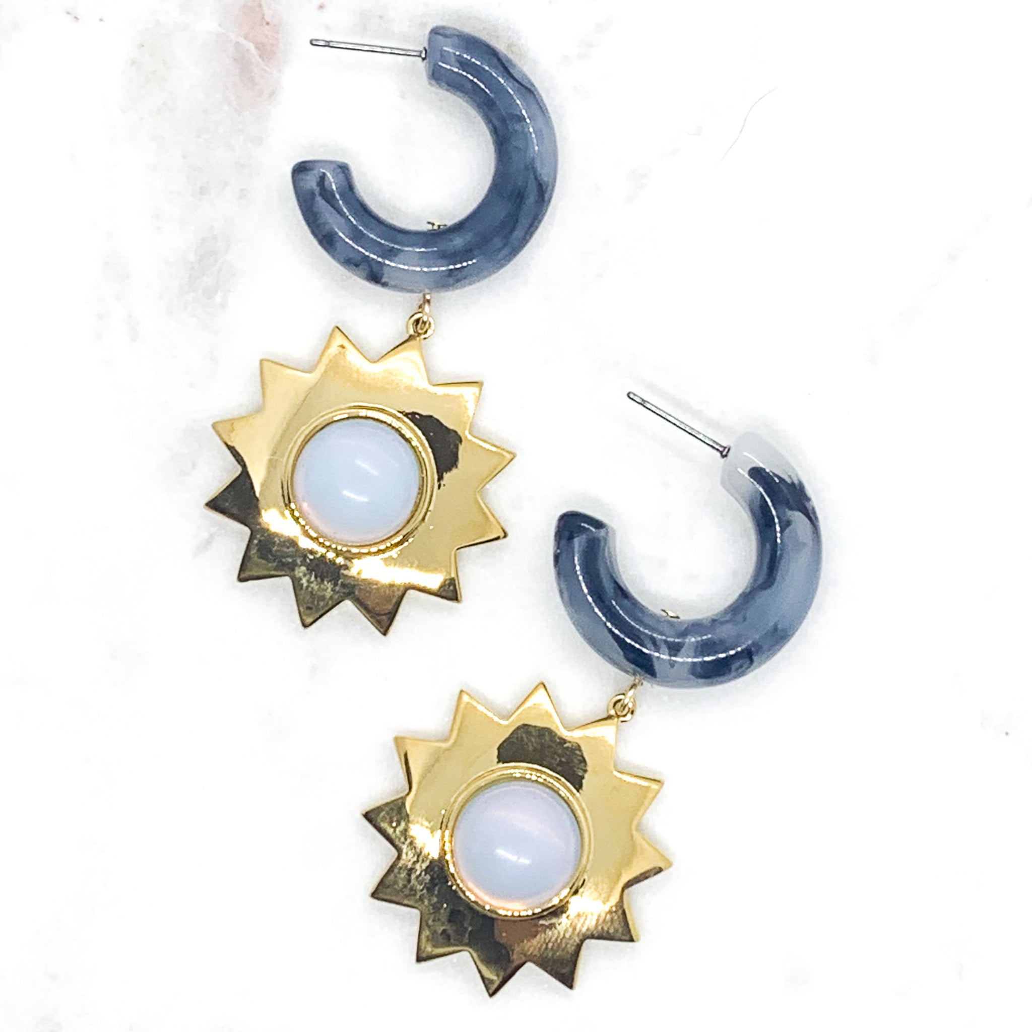 Sunshine Earrings - Dark Gray