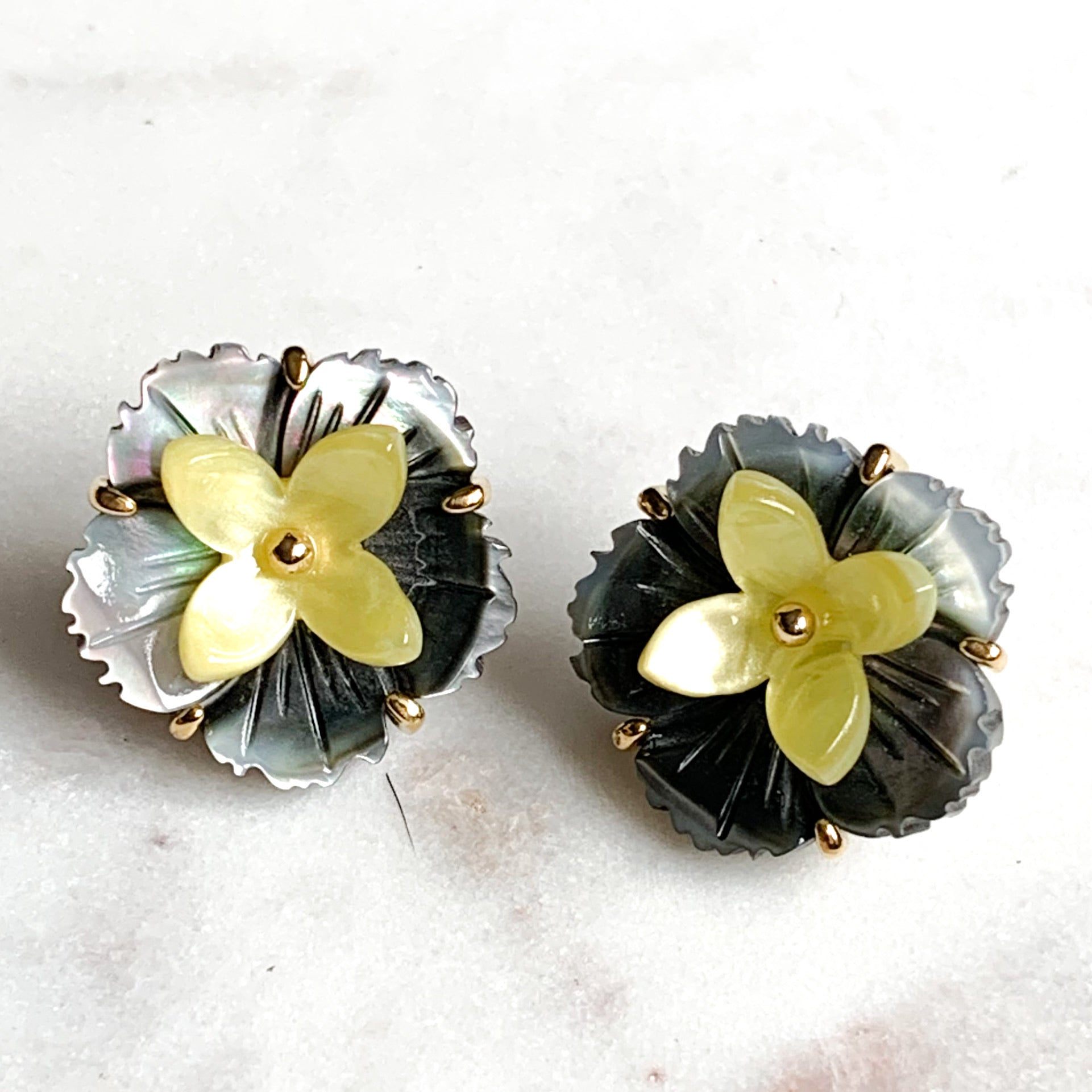 Flower and Resin Stud Earrings - Shell/Yellow