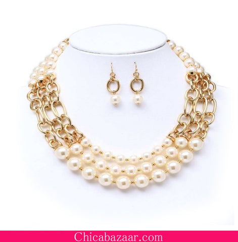 Multi Layer Fashion Pearl Cluster Statement Necklace and Earrings