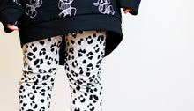 Load image into Gallery viewer, CHILDRENS GENDER NEUTRAL LEGGINGS | LYNX SPOT