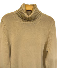 Load image into Gallery viewer, Banana Republic Sweater