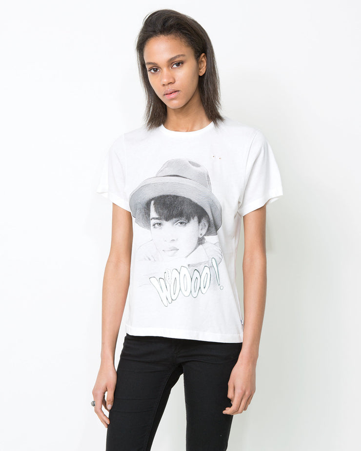 LISA T-shirt - ONETSHIRT