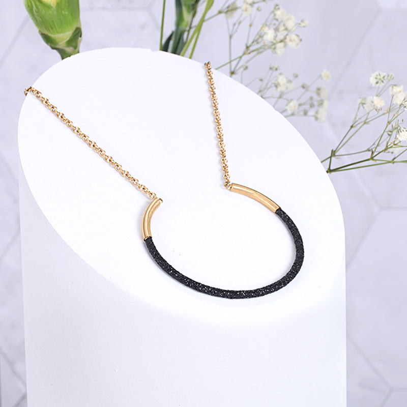 Women Stainless Steel Black Mineral Dust Necklace