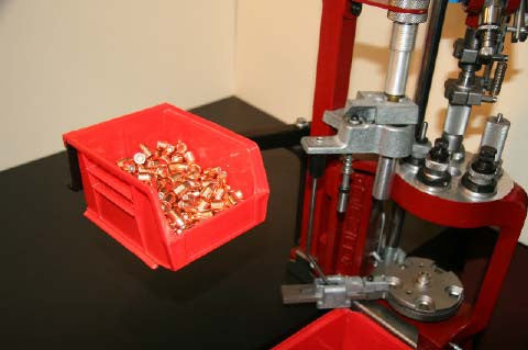Single bullet tray system for the Hornady Lock n Load AP