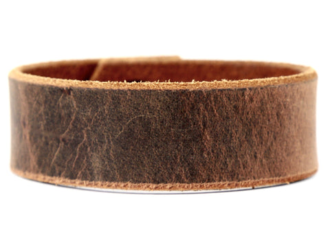 "Handmade Leather Wristband-""Sandstone Pull-Up"""