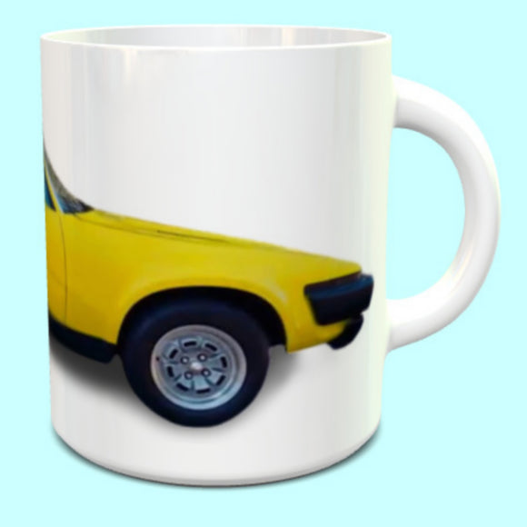 Triumph TR7 Coupe in yellow Mug